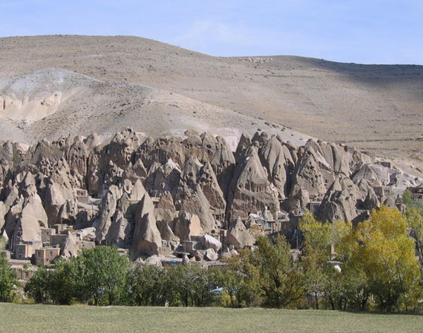 """Những """"ngôi nhà trong đá"""" độc nhất vô nhị"""