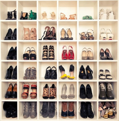 Thiết kế, kê giá tủ giày giép theo phong thủy