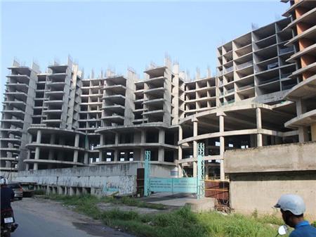 Thị trường BĐS Tp.HCM: Hàng trăm dự án BĐS chết lâm sàng