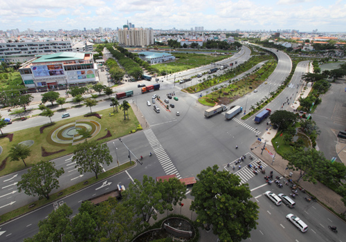 Bất động sản Sài Gòn rục rịch đổ về khu Nam