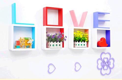 KỆ TREO TƯỜNG HÌNH CHỮ LOVE CY-02