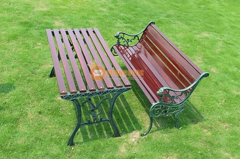 Bộ bàn ghế gỗ trang trí ngoài trời FS007