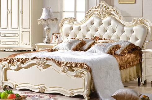 Nội thất phòng ngủ sang trọng với chất liệu gỗ tự nhiên