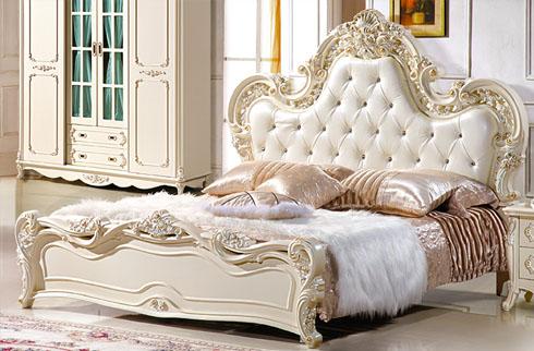 4 mẫu giường ngủ tân cổ điển chất liệu gỗ sồi cao cấp