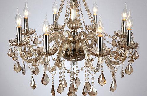 Giá bán đèn chùm pha lê phòng khách cao cấp hiện nay là bao nhiêu?