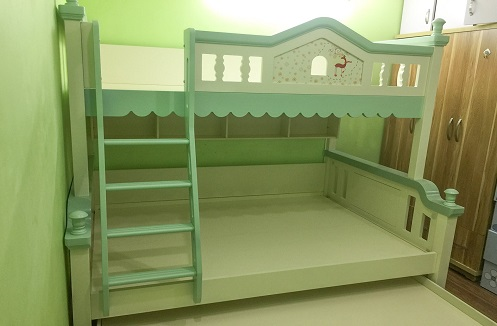Hoàn thiện mẫu giường tầng cao cấp nhập khẩu tại nhà chị Hằng