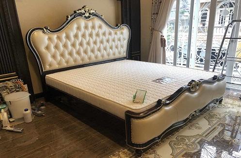 Hoàn thiện combo phòng ngủ tân cổ điển tại nhà anh Mến