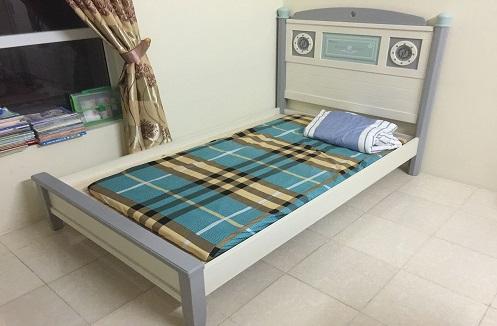 Hoàn thiện giường ngủ cho bé trai nhập khẩu tại nhà chị Huệ