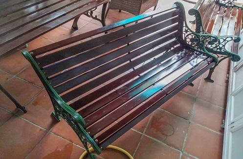 Hoàn thiện bộ bàn ghế ngoài trời nhập khẩu cao cấp tại nhà chị Hạnh Phúc