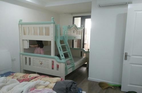 Hoàn thiện giường tầng cao cấp nhập khẩu tại nhà chị Hương