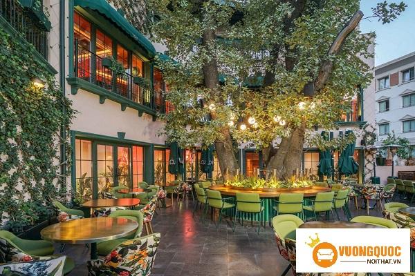 Đèn trang trí quán café sân vườn và những điều nên biết